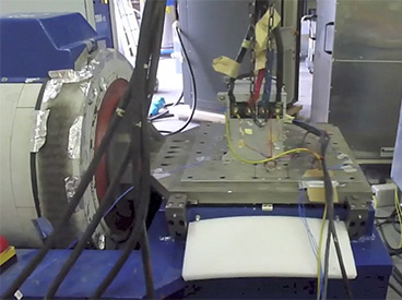 Vibrateur électrodynamique
